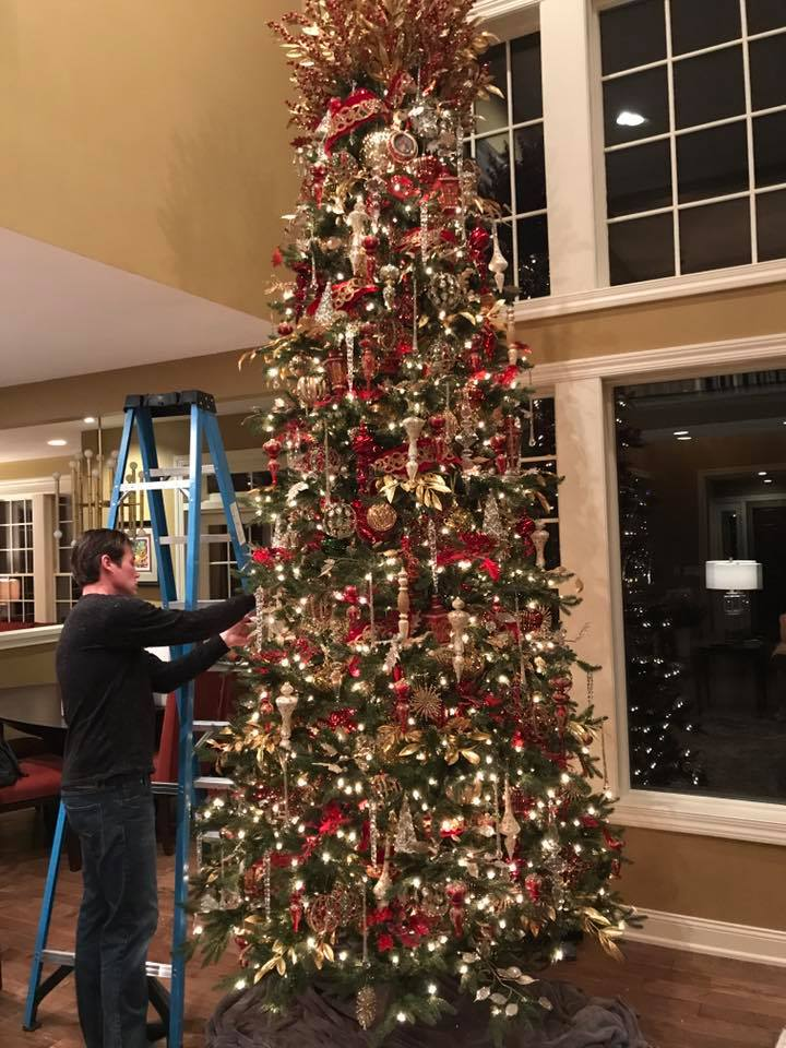 Holiday Decorating Services - Decorator with Tree